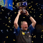 van Barneveld- zwycięzca Grand Slam of Darts 2012
