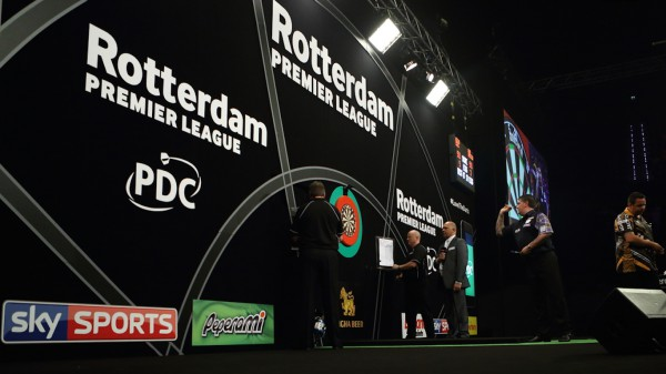 PDC PREMIER LEAGUE DARTS 2016, DARTS, ADRIAN LEWIS, GARY ANDERSON, TIPTOPPICS, ROTTERDAM, 7-2 LEWIS